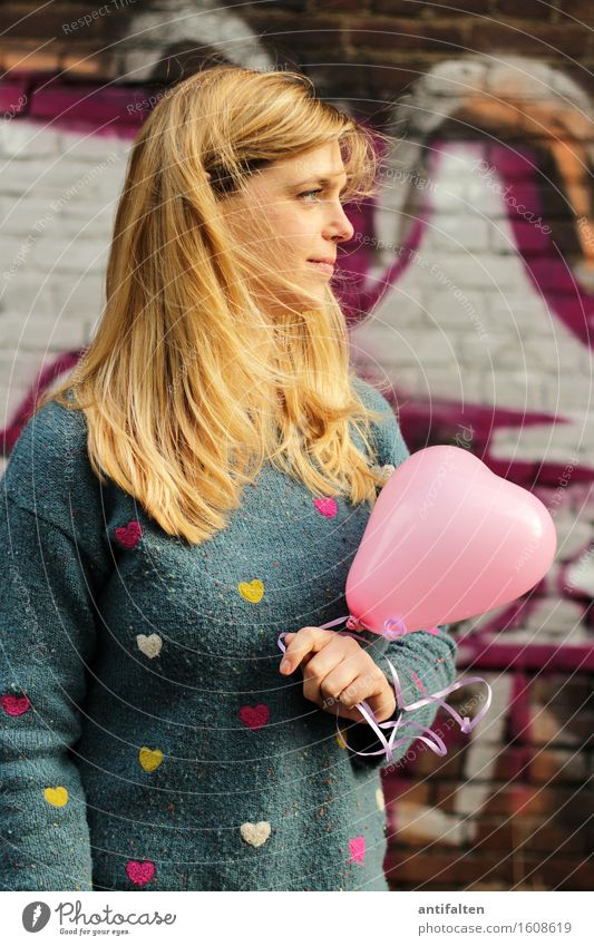 Human being Woman Hand Face Adults Life Love Graffiti Natural Feminine Hair and hairstyles Head Pink Body Blonde Heart