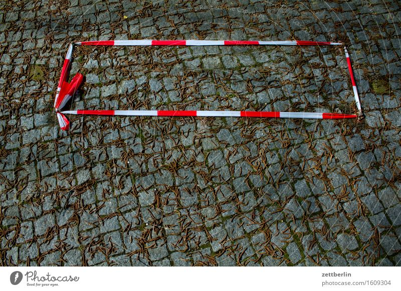 About two square meters Barrier String Closed Red-light district Paving stone Cobblestones Sidewalk Places Pave Reddish white Communication