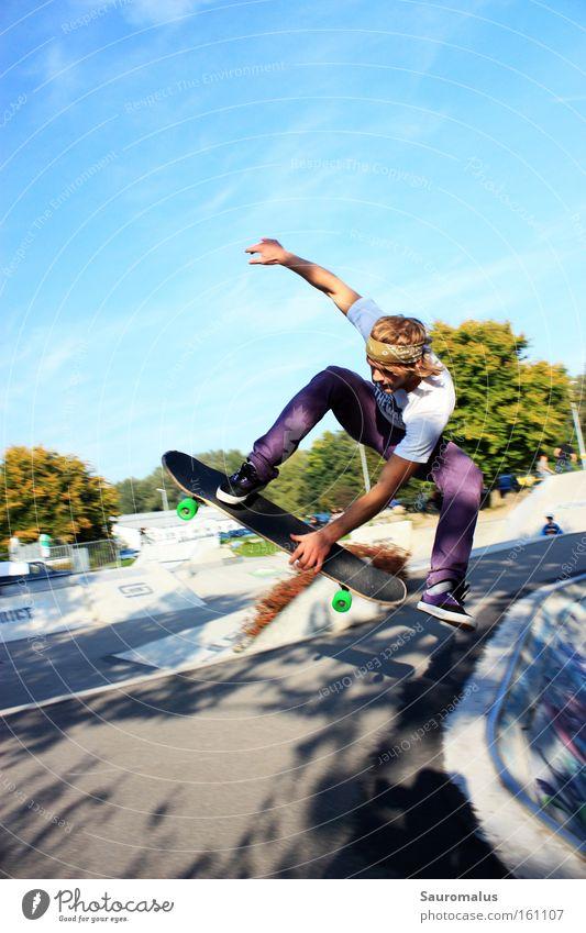 Joy Jump Action Swimming pool Skateboarding Funsport Trick jump Air