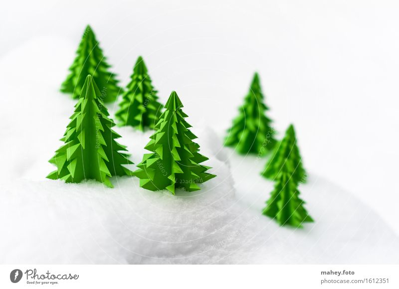 Christmas & Advent Green White Tree Landscape Winter Forest Cold Snow Small Decoration Simple Paper Hill Card Christmas tree