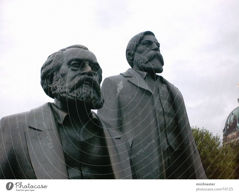 Marx and Engels united Human being Sculpture Monument Expectation Hope Politics and state Statue Communism Peoples Berlin Capital city Frederick Angel angels