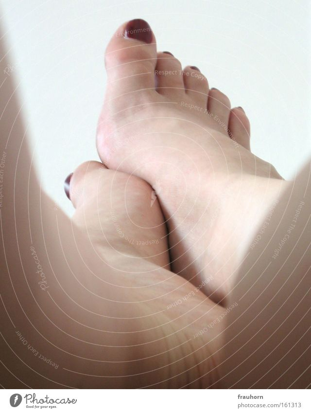 Relaxation Feet Legs Flat (apartment) Toes Bedroom Calf Nail polish Ball of the foot Lower leg