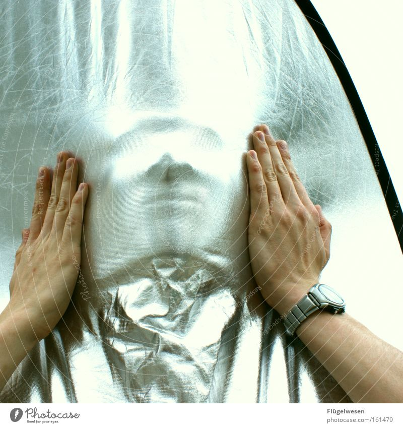 Who am I? Who am I? Hand Hide Face Silver Mask Clock Aperture mummy silver foil brightener