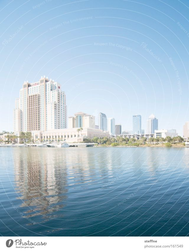 Water Sun Ocean House (Residential Structure) Coast High-rise USA Skyline Bay Lakeside Downtown City River bank Florida Tampa
