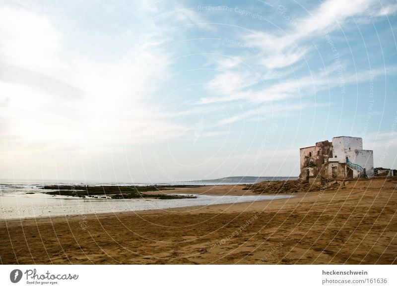 Sidi Kouki Vacation & Travel Summer Sun Beach Ocean Sand Sky Clouds Coast Power Calm Tomb Grave Holy Morocco House of worship Africa pilgrimage place