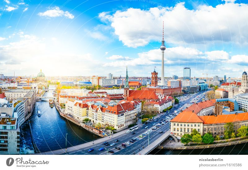 Sky Vacation & Travel City Beautiful Summer Sun Street Love Berlin Flat (apartment) Tourism Living or residing Illuminate Beautiful weather Romance Safety