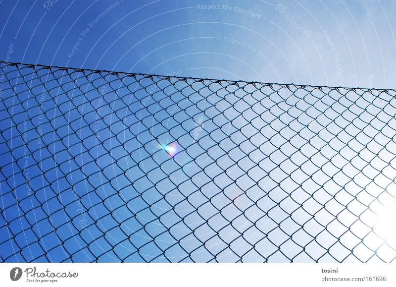 demarcated Sky Fence Sun Reflection Border Wire netting fence Loop Steel Summer Weather Lighting Radiation Illuminate Clouds Bright
