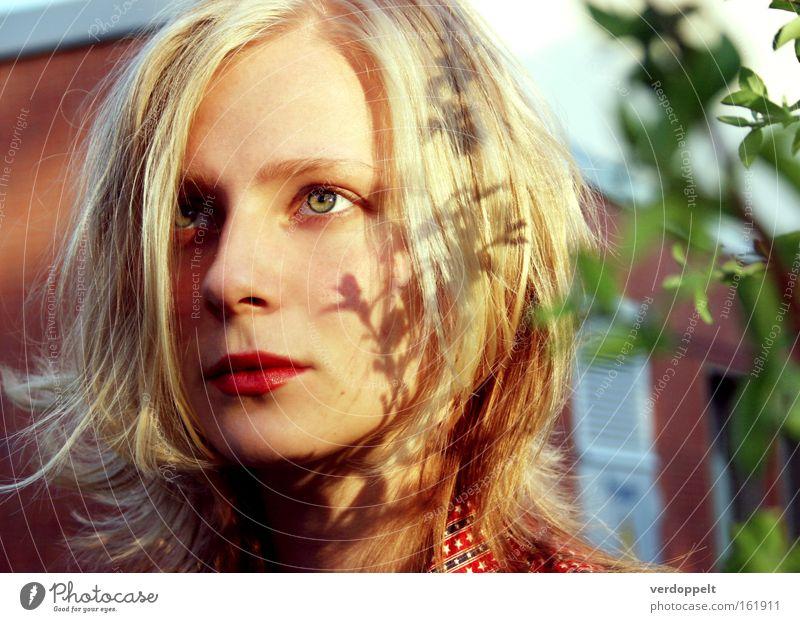 0_5 Woman Portrait photograph schatten shade sonne licht Eyes Human being Face Beauty Photography