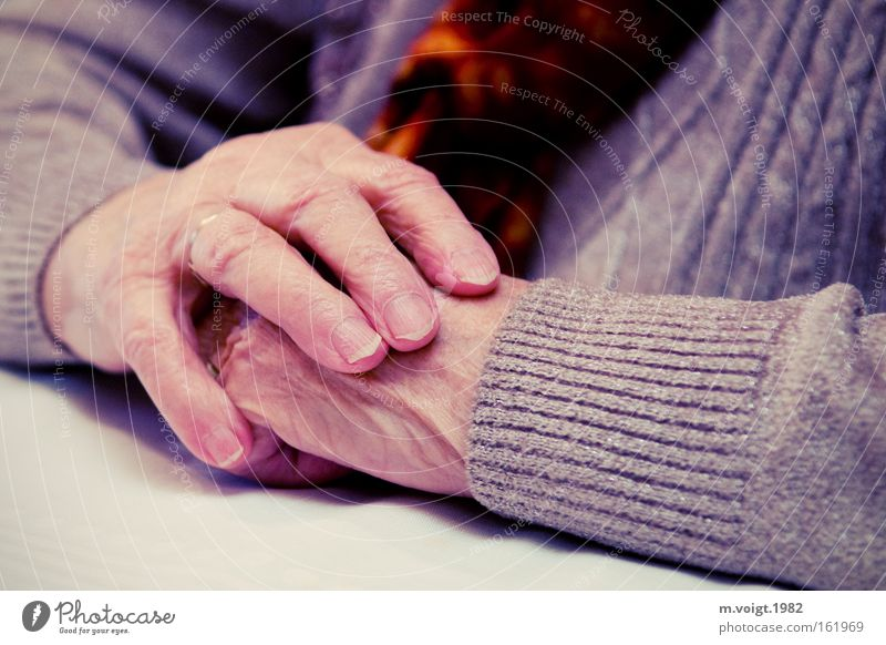 waiting Colour photo Close-up Deep depth of field Skin Woman Adults Female senior Grandmother Senior citizen Arm Hand 1 Human being 60 years and older Sweater