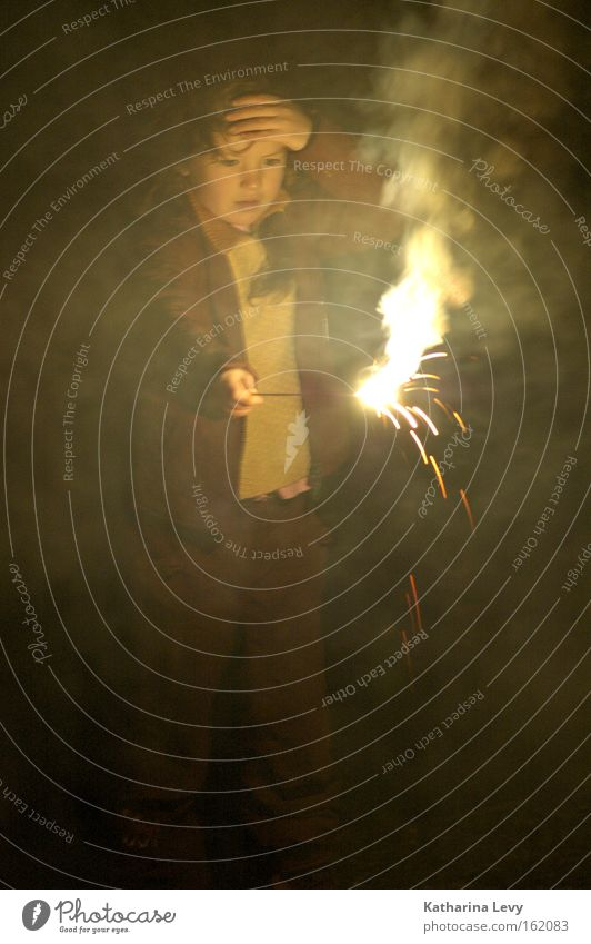 Child Feasts & Celebrations Fire New Year's Eve Smoke Concentrate Amazed Steam Sparkler