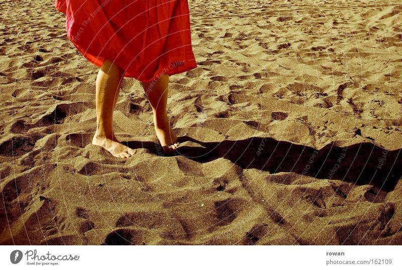 Red Summer Beach Vacation & Travel Warmth Sand Coast Skirt Barefoot
