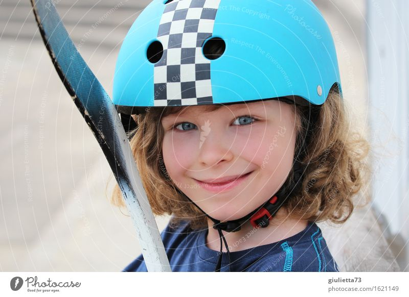 Ice hockey player in the summer Leisure and hobbies Playing Hockey player Hockey stick Sports Masculine Androgynous Child Boy (child) Infancy Life 1 Human being