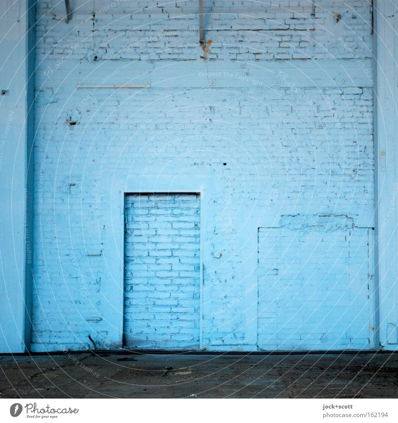 DOOR monochrome blue Blue Loneliness Cold Wall (building) Architecture Wall (barrier) Style Line Door Closed Illuminate Safety Simple New Network Protection
