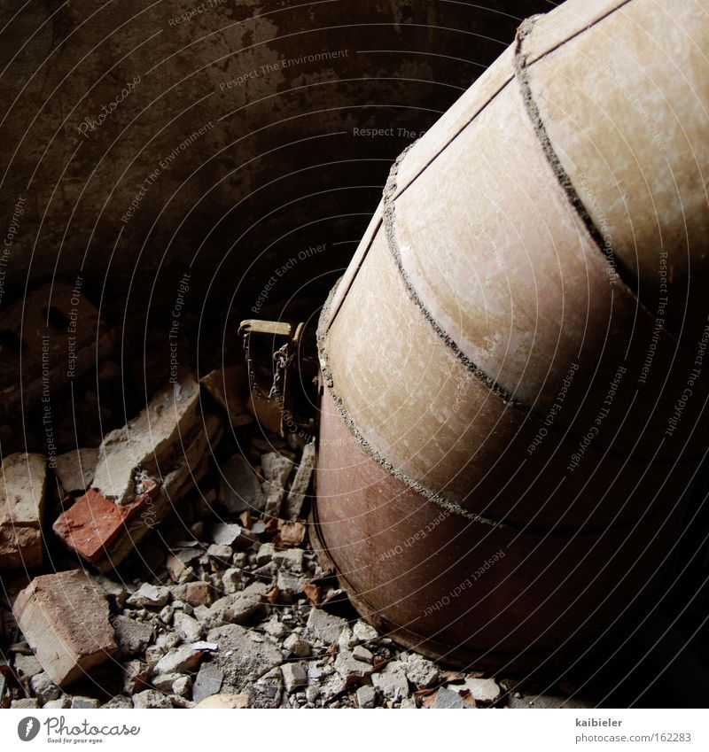 earthworm Colour photo Subdued colour Interior shot Detail Deserted Copy Space left Copy Space top Industry Energy industry Earth Industrial plant Ruin Conduit