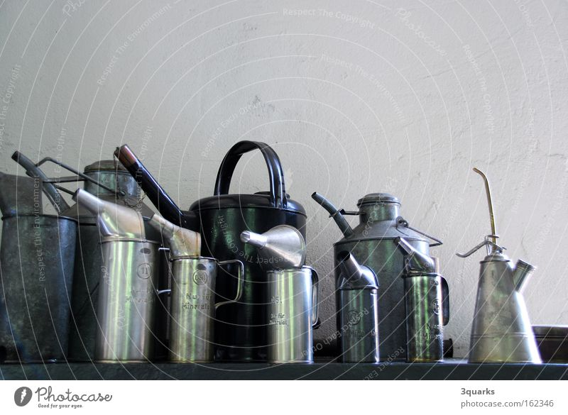oil cans Garage Jug Engines Funnel Workshop Oil can Craft (trade) Fat machine machine room grease lubricating oil