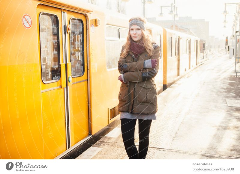 madame freezes University & College student Feminine Young woman Youth (Young adults) 1 Human being 18 - 30 years Adults Train station Public transit