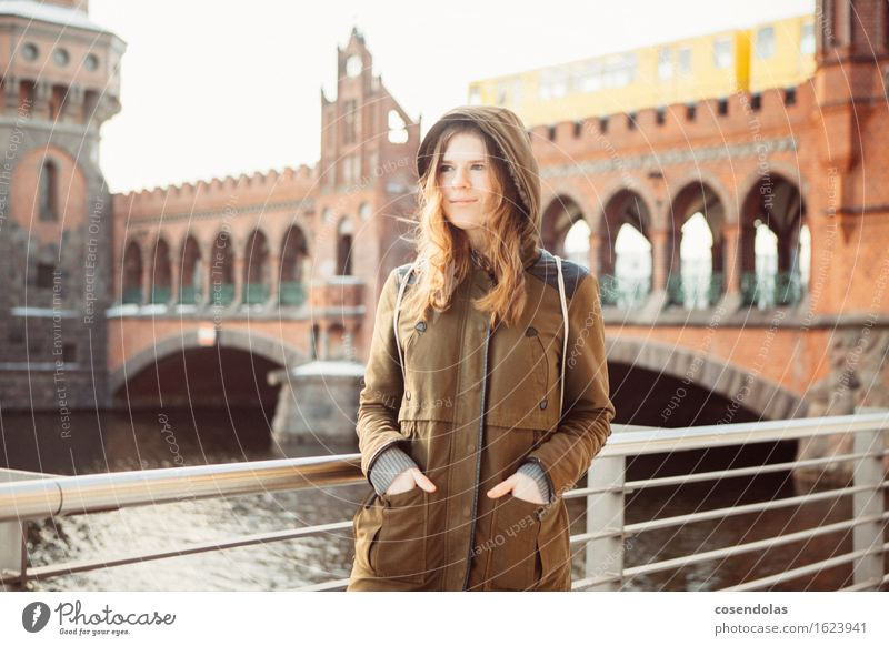 Human being Youth (Young adults) City Beautiful Young woman Winter 18 - 30 years Adults Cold Feminine Berlin Lifestyle Laughter Tourism Leisure and hobbies