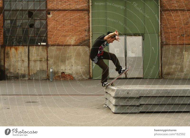 Bluntslide on a Steincurb Skateboarding Red Green Moody Vacation & Travel Freedom Emotions Town Art Sports Playing scurf new era Electricity Architecture