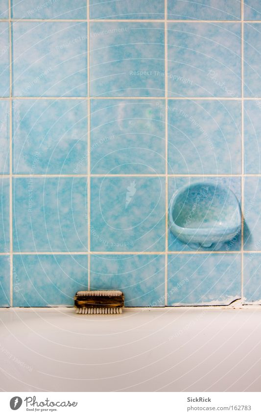 KLO Bathroom Bathtub Toilet Blue Tile Personal hygiene Turquoise Clean Dirty Soap Line scrubbing brush