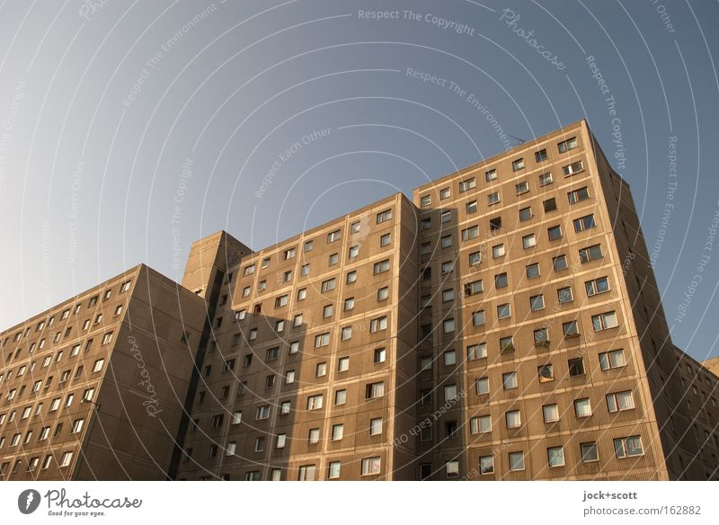 Fusion panel building Architecture Cloudless sky Beautiful weather Downtown Berlin Town house (City: Block of flats) Tower block Facade Sharp-edged great Retro