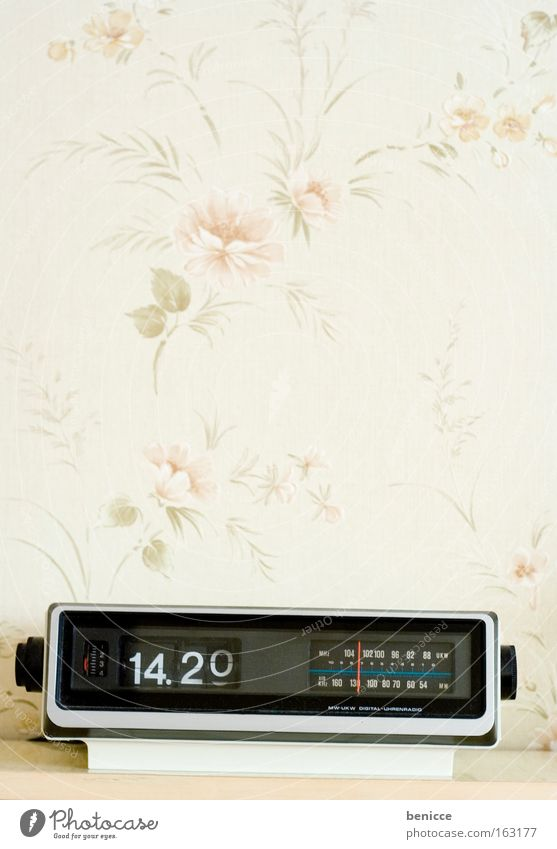 Old Time Retro Clock Wallpaper Radio (device) Year Electrical equipment Seventies Sixties Room Bedroom Alarm clock The eighties