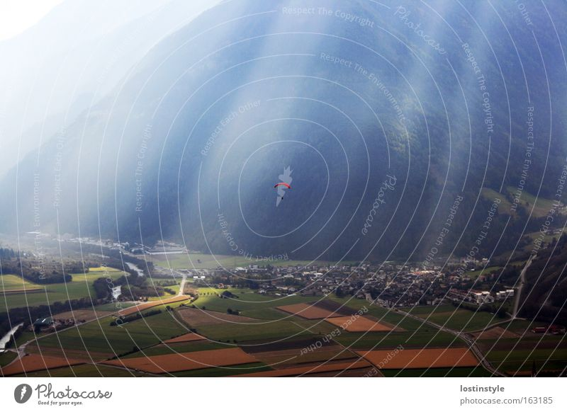 Sun Mountain Freedom Lighting Flying Italy Flying sports Paragliding South Tyrol