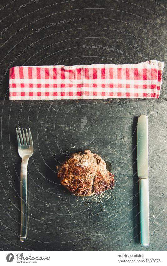 organic weiderind fillet steak Food Meat Pork tenderloin Steak sea salt Pepper Nutrition Eating Lunch Dinner Buffet Brunch Banquet Business lunch Picnic