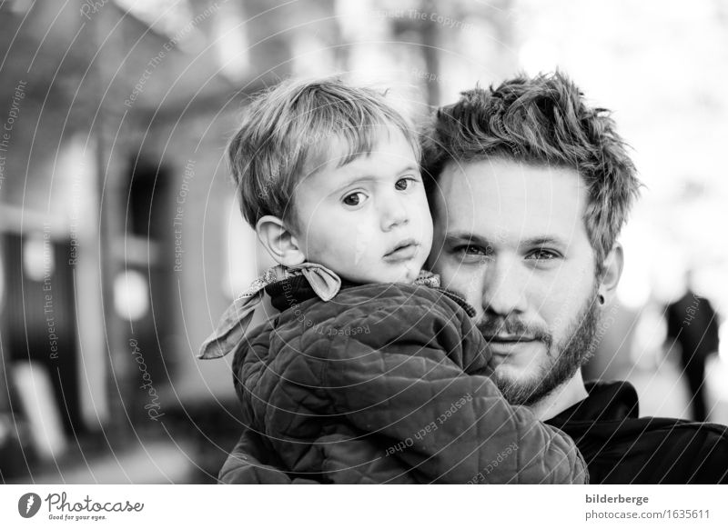 father & son Lifestyle Child Human being Toddler Man Adults Father Head Park Capital city Pedestrian precinct Cuddly Emotions Moody Berlin bilderberg family