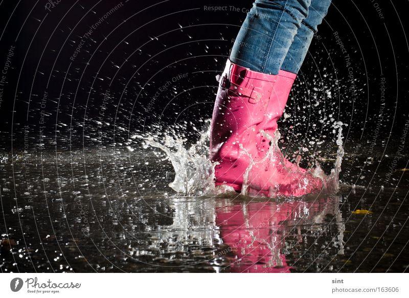 Water Footwear Street Jump Movement Rain Pink Wet Joy Playing Retro Uniqueness Simple Storm Joie de vivre (Vitality)