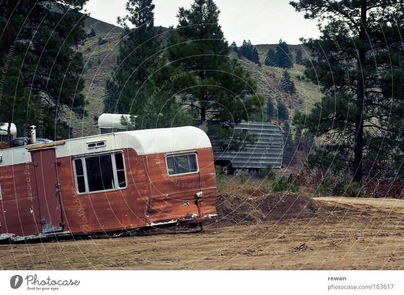 caravan idyll Colour photo Exterior shot Mobile home Caravan Vacation & Travel Environmental pollution Transience Lose Living or residing Scrap metal Scrapyard