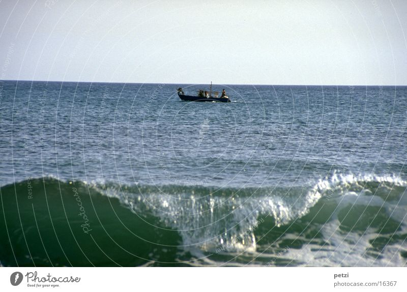 Sky Ocean Work and employment Waves Success Driving Observe Serene Wanderlust Foam Fishing boat