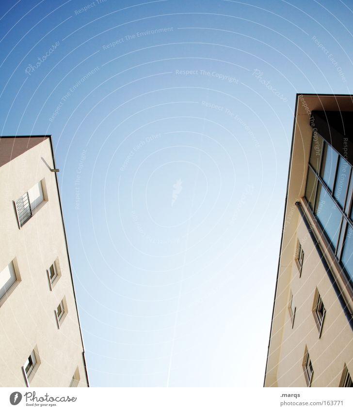 Freeman _ Porter Colour photo Exterior shot Deserted Copy Space top Copy Space bottom Copy Space middle Flat (apartment) House building