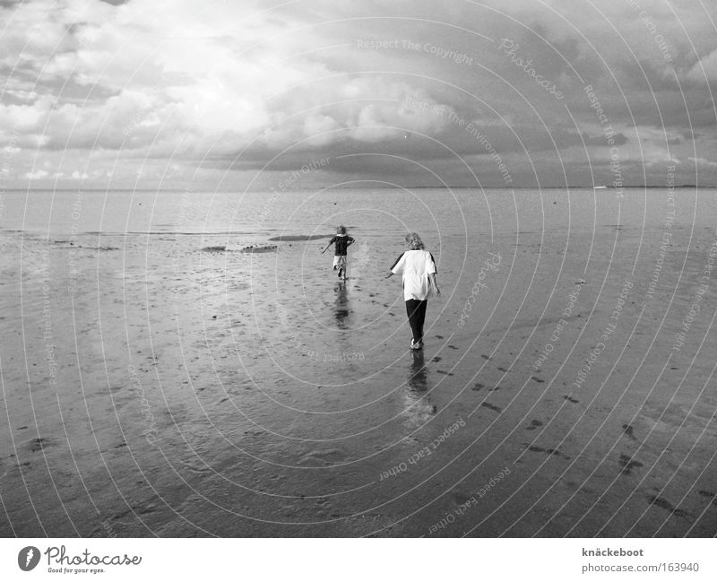 Human being Child Ocean Summer Beach Far-off places Movement Freedom Lanes & trails Landscape Moody Coast Hiking Going Walking Horizon