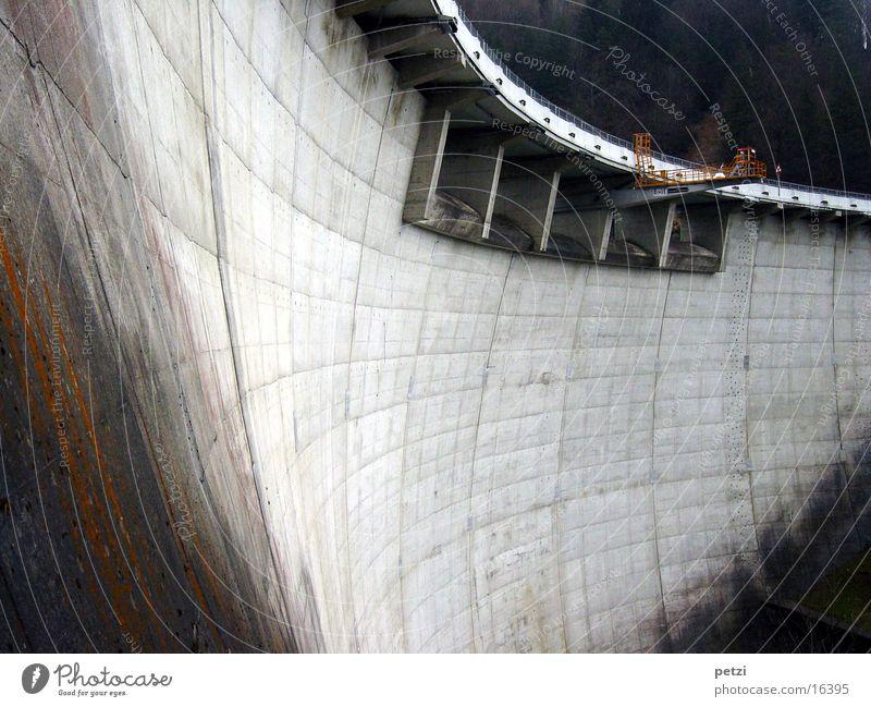 Architecture Concrete Tall Handrail Bulky