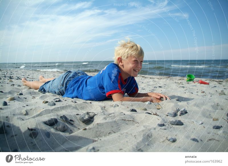 Child Ocean Summer Joy Beach Far-off places Life Boy (child) Freedom Happy Laughter Waves Happiness Leisure and hobbies