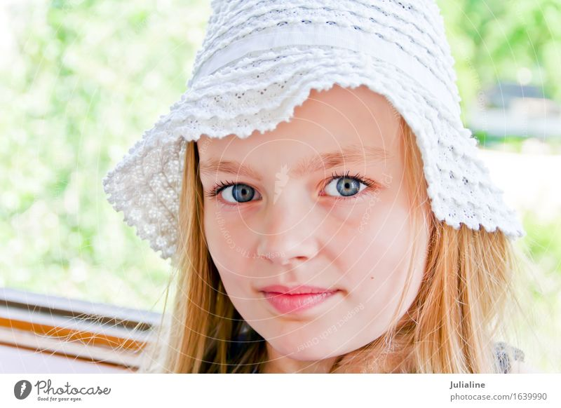 Cute girl with big blue eyes Child Schoolchild Girl Infancy 1 Human being 3 - 8 years 8 - 13 years Blonde Blue White kid preschooler six 7 Caucasian European
