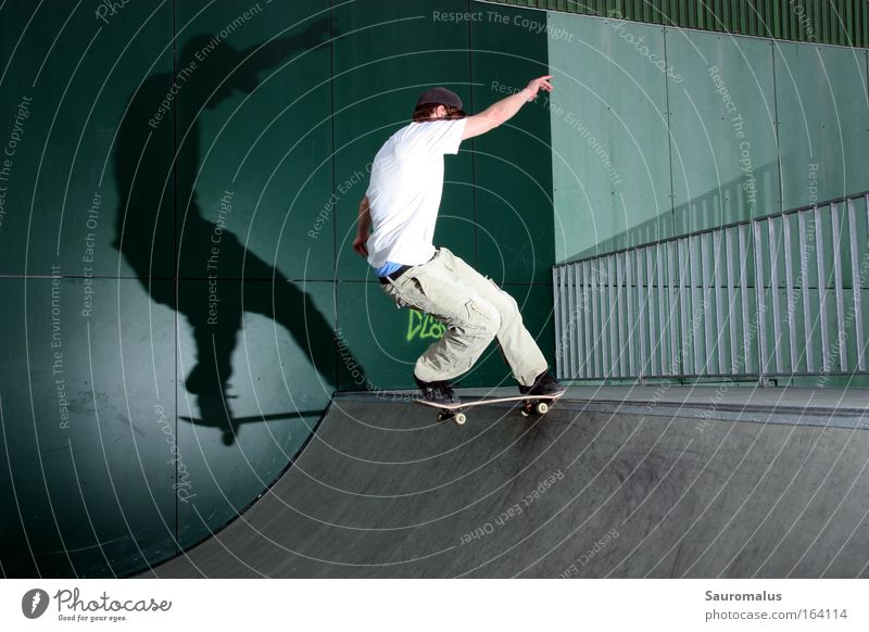 shadow plays Colour photo Exterior shot Day Flash photo Central perspective Forward Skateboard Funsport miniramp Halfpipe Shadow Sports