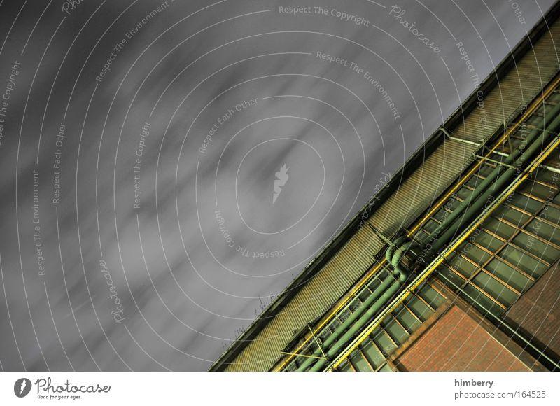 House of pain Colour photo Subdued colour Exterior shot Detail Copy Space left Copy Space top Copy Space bottom Copy Space middle Night Contrast Motion blur