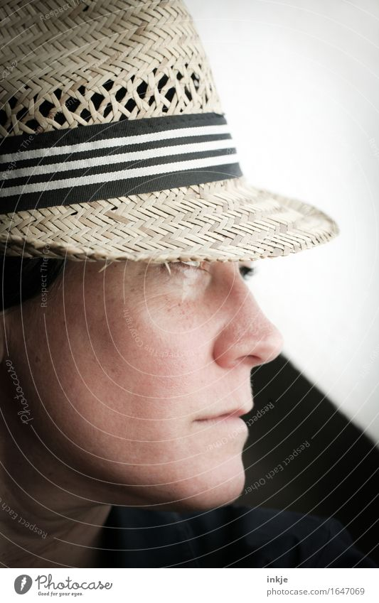 Straw hat 2 Lifestyle Elegant Style Woman Adults Face 1 Human being Hat Looking Cool (slang) Uniqueness Emotions Self-confident Earnest Colour photo