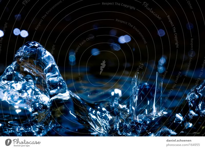 fluid Colour photo Close-up Detail Macro (Extreme close-up) Deserted Copy Space top Copy Space middle Neutral Background Contrast Reflection Nature Water