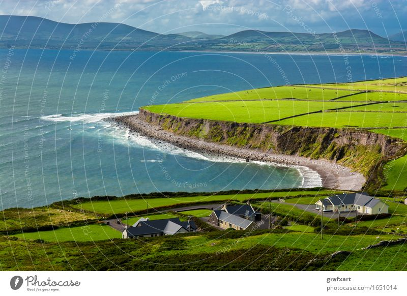 Houses on the coast of Ireland Coast Rural Landscape Agriculture Atlantic Ocean Loneliness Peaceful House (Residential Structure) Sky Horizon Island Kerry Cliff