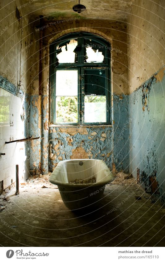 Old Blue Water Beautiful Loneliness Colour Window Wall (building) Architecture Wall (barrier) Lamp Dirty Gloomy Idyll Bathtub Factory