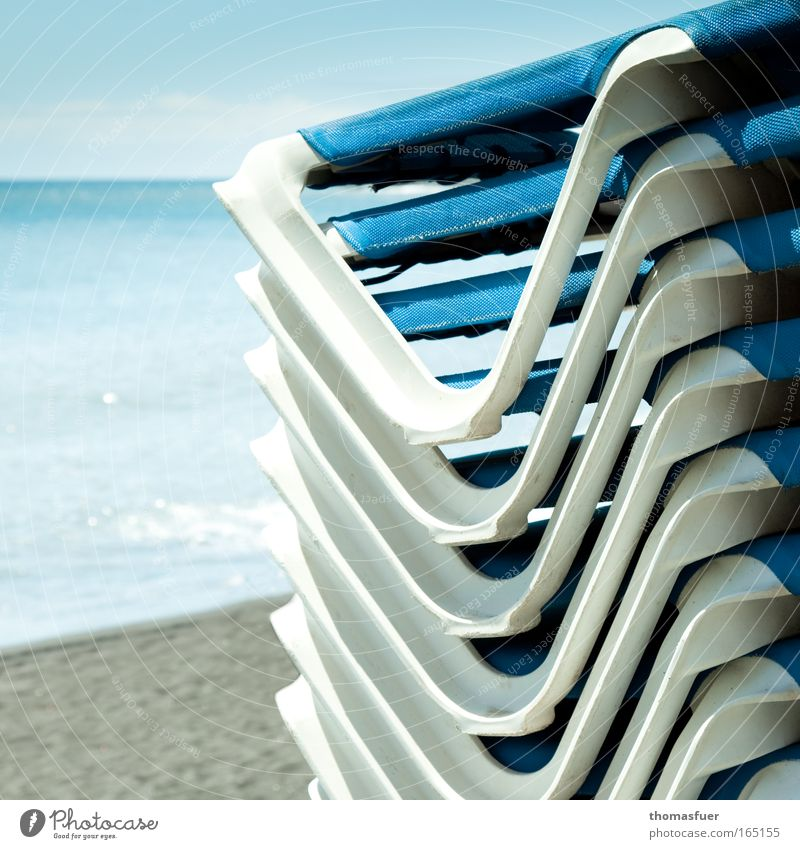 Water Sky Ocean Blue Summer Beach Vacation & Travel Calm Far-off places Relaxation Happy Sand Contentment Moody Waves