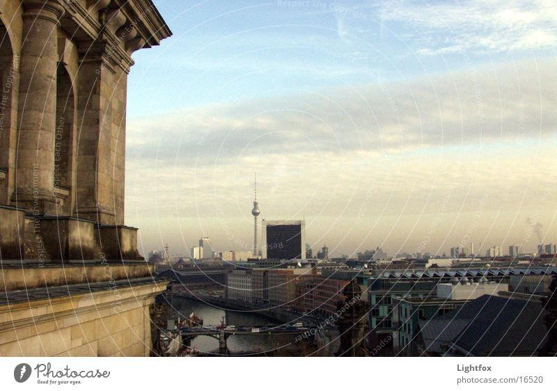 Reichstag and good night East Clouds House (Residential Structure) Civil servant Spree Manmade structures Twilight Building Mirror Historic Berlin Skyline