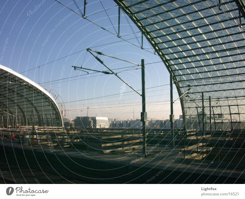 Vacation & Travel Berlin Architecture Glass Railroad Modern Railroad tracks Train station Reichstag