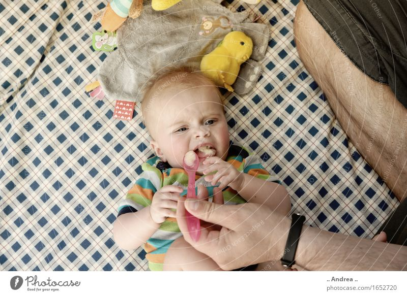 Child Girl Eating Feminine Fruit Nutrition Infancy Baby Toddler Attempt 0 - 12 months Disgust Cutlery Daub Banana Slow food