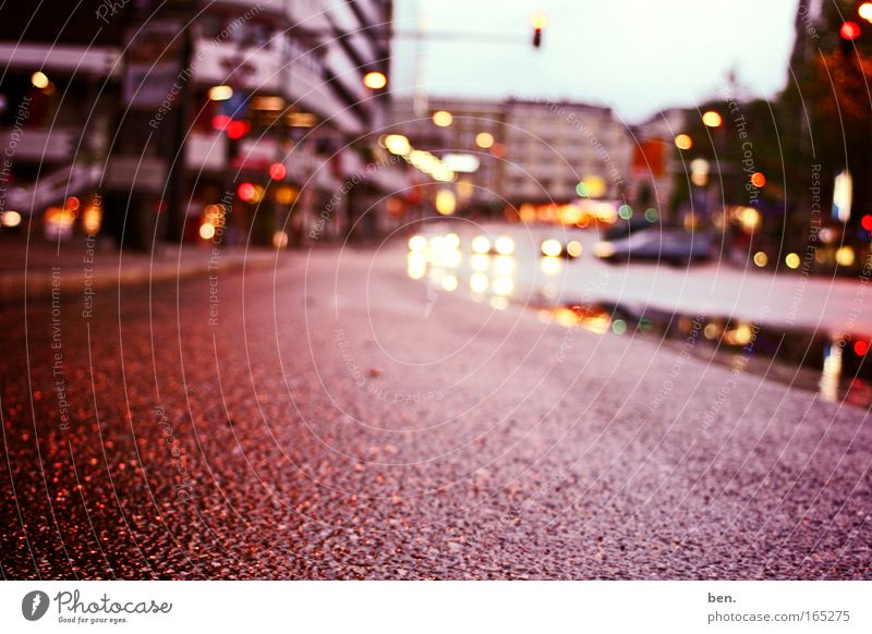 City House (Residential Structure) Street Warmth Road traffic Wet Gloomy Longing Traffic light Wanderlust Crossroads Homesickness Solidarity