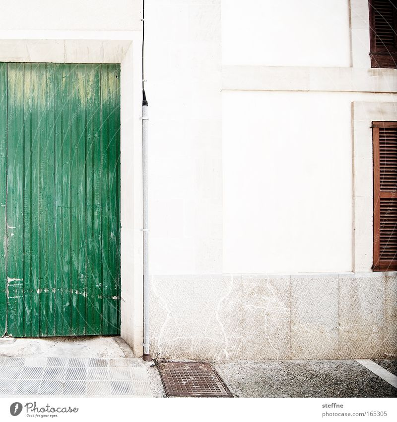 casa Subdued colour Exterior shot Deserted Copy Space middle Day Contrast Wide angle Santanyi Majorca Spain Village Old town House (Residential Structure)