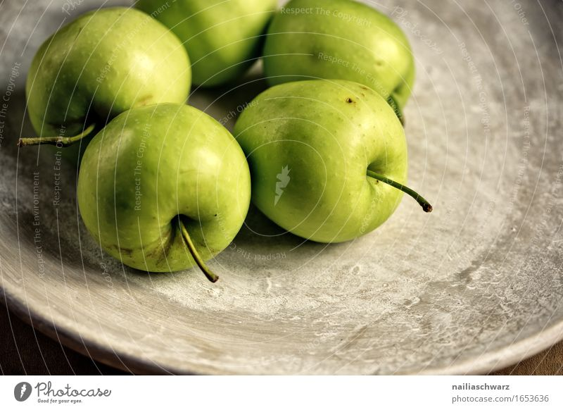 Green Apples Food Fruit Granny Smith Nutrition Vegetarian diet Plate Bowl Esthetic Delicious Brown Earthenware Still Life Kitchen Healthy Vitamin-rich