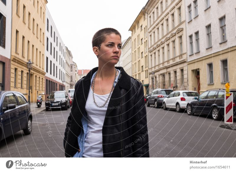 Young short hair woman in urban environment Hair and hairstyles Human being Young woman Youth (Young adults) Woman Adults Life 1 Artist Subculture Town